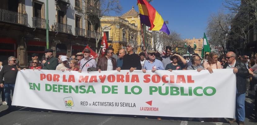 """La manifestación del 28F llena las calles de Sevilla reivindicando que ¨""""Andalucía No Se Vende"""""""