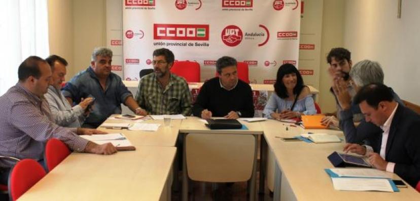 """IU apoyará """"activamente"""" las movilizaciones convocadas por CCOO-UGT en el campo"""