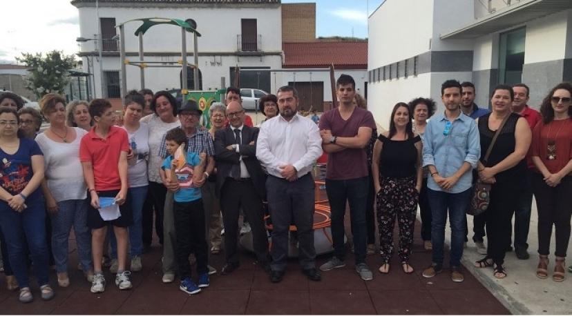 Aznalcóllar: Primer parque infantil adaptado a personas con movilidad reducida