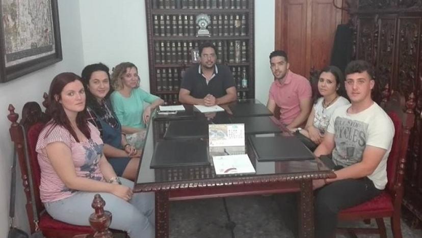 Paradas: Más de 90 jóvenes universitarios/as han tenido su primera experiencia laboral en el Ayuntamiento