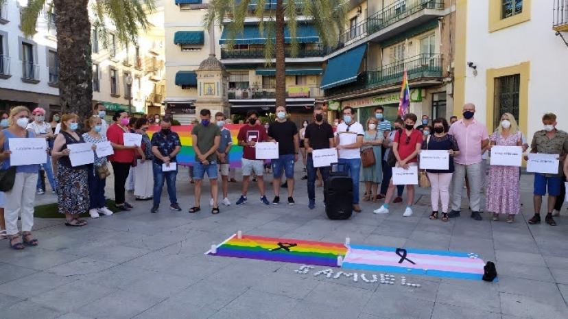 Nos concentramos ante los ayuntamientos de la provincia para exigir #JusticiaParaSamuel