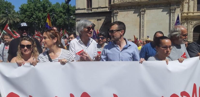 """Manifestación del 1 de Mayo """"Primero las personas"""""""