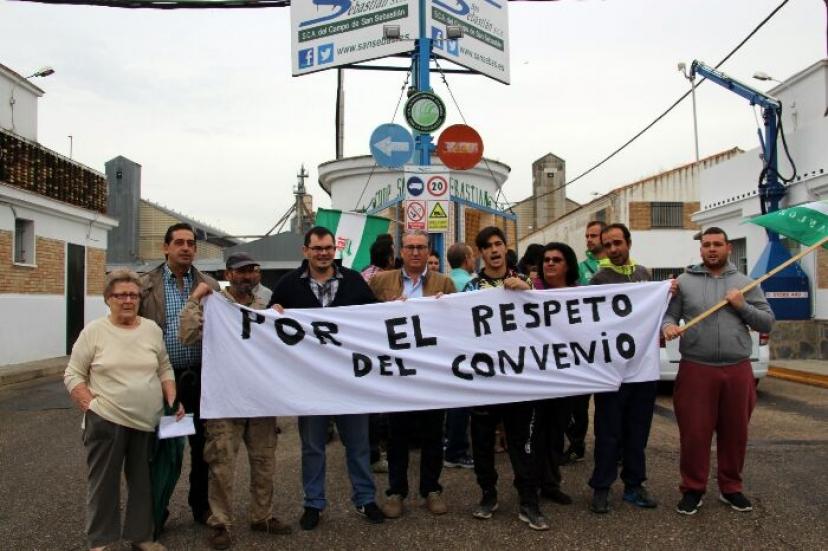 Reivindicamos el cumplimiento de los convenios del campo andaluz