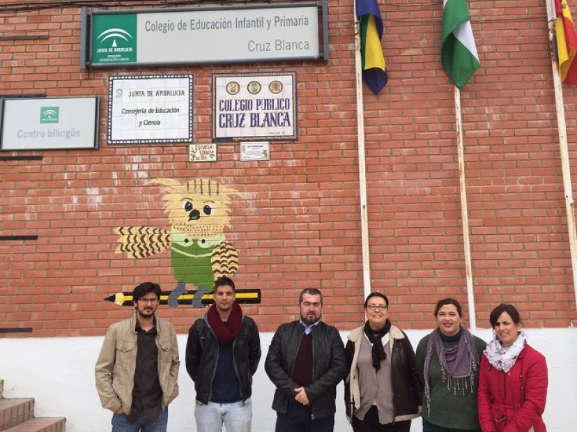 La Junta de Andalucía no invierte en educación en Aznalcóllar