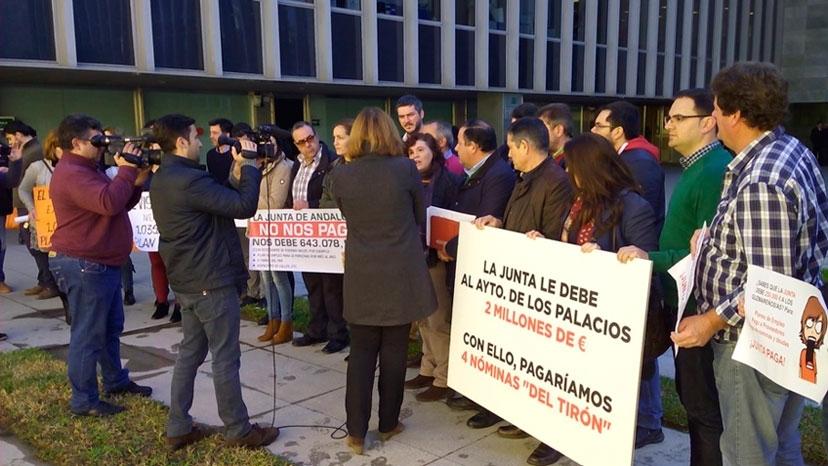 Susana Díaz vuelve a perjudicar a los ayuntamientos incumpliendo la Ley que regula la PATRICA