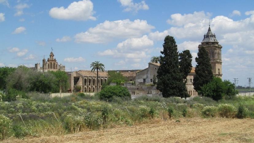 Santiponce: IU denuncia la dejadez de ayuntamiento y Junta ante el estado ruinoso de San Isidoro del Campo