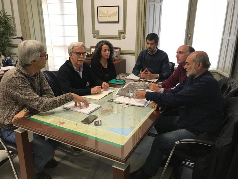 Reunión con el Delegado de Fomento de Sevilla para tratar los accesos a Espartinas